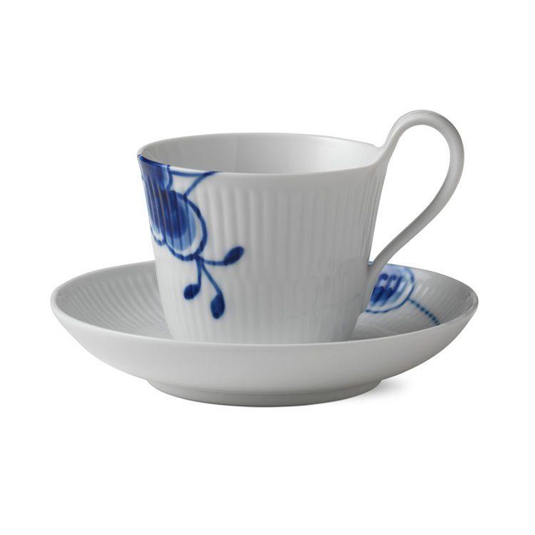 Royal Copenhagen Blue Fluted Mega Tasse bei der Boutique Danoise