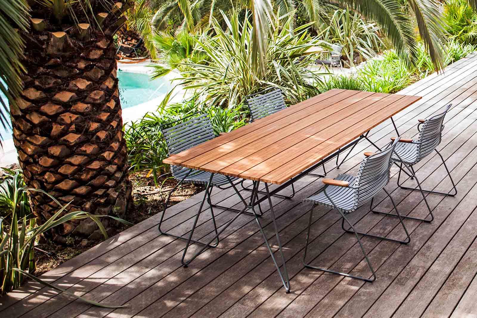 SKETCH Gartentisch von Houe, Boutique Danoise Basel Daenische Designer Moebel Accessoires Wohnen News