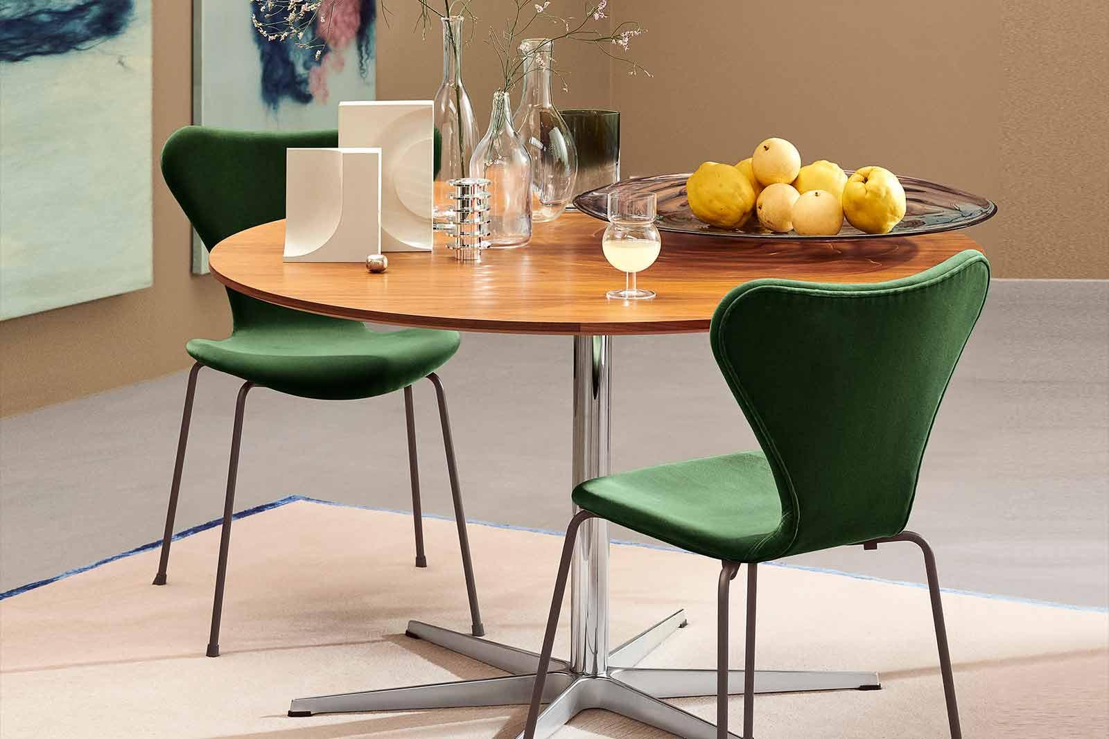 Serie 7 mit Samtpolsterung ist jetzt in 7 weiteren Farben erhältlich, Boutique Danoise Basel Daenische Designer Moebel Accessoires Wohnen News Velvet Farben