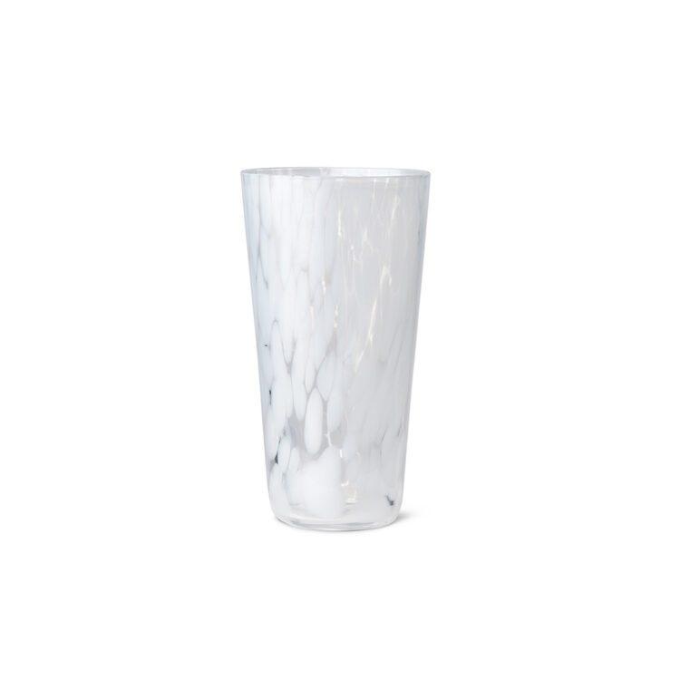 Weisse Ferm Living Vase Casca bei der Boutique Danoise