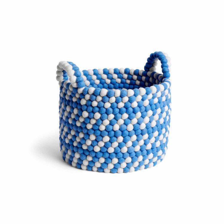Blauer HAY Bead Korb bei der Boutique Danoise