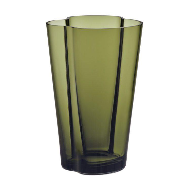 Hohe grüne Alvar Aalto Vase bei der Boutique Danoise