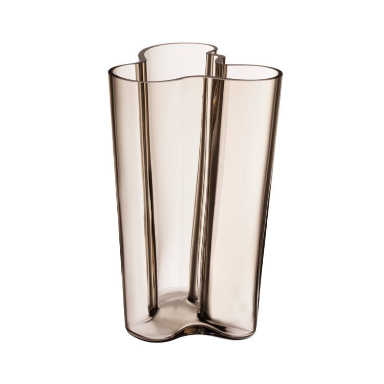 Hohe braune Iittala Vase bei der Boutique Danoise