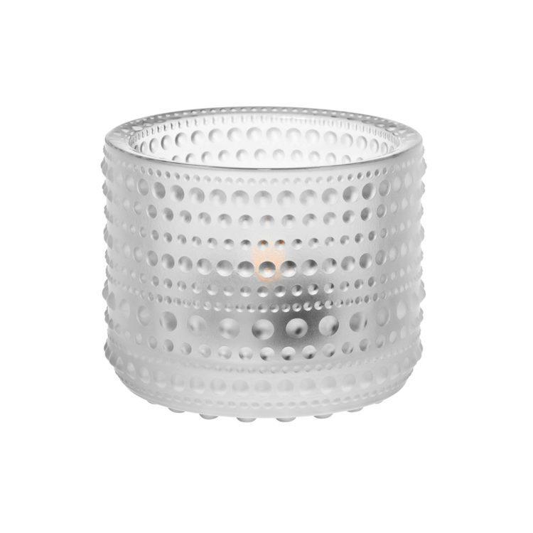 Matt-Weisses Iittala Teelicht Kastehelmi bei der Boutique Danoise
