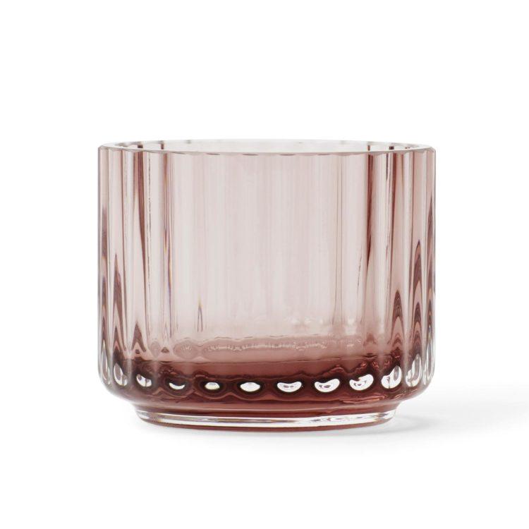 Lyngby Teelicht aus burgunderfarbenem Glas bei der Boutique Danoise